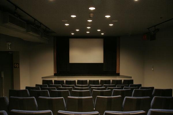 cine17.jpg